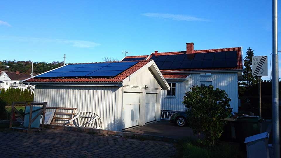 Huvudbyggnad och garage, 30 st 325W EC Solar svarta